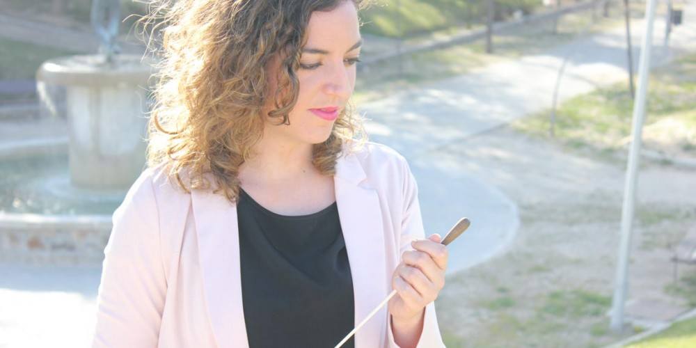 Lara Diloy Directora de Orquesta