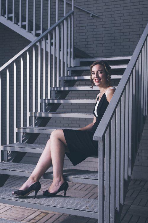 Contacto Lara Diloy - Directora de Orquesta